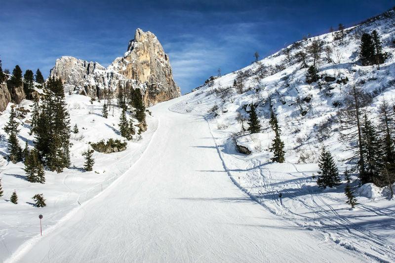 to choose dolomiti ski school in cortina