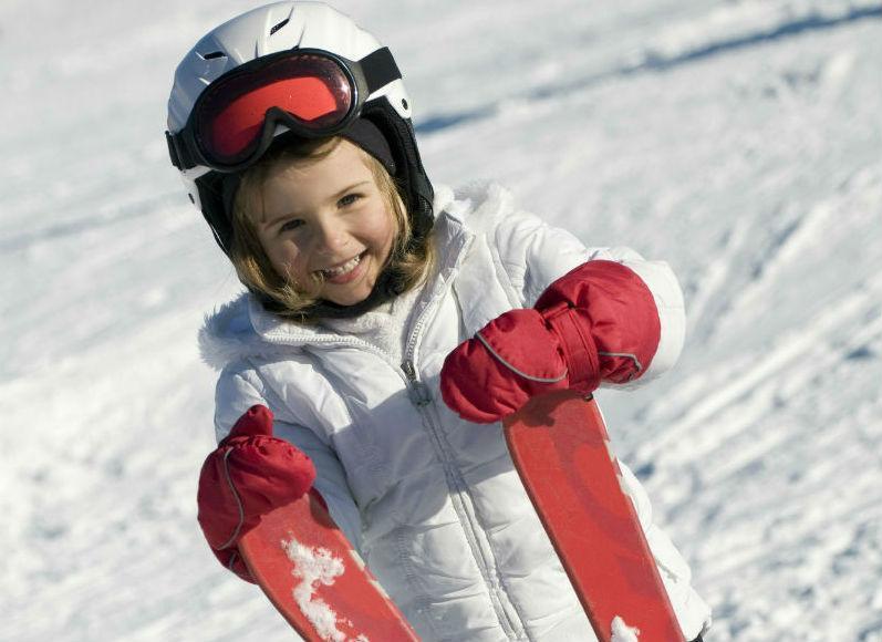 children ski lesson